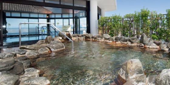 絶景の天然温泉